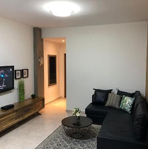 Beautiful Apartment Near ״Baha'I Gardens״ And Beni Zion״ Hospital And photos Exterior