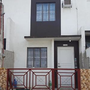 Jane'S Vacation Rental-Cavite photos Exterior