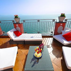 Palazzo Rocco Penthouse White Moon In Love photos Exterior