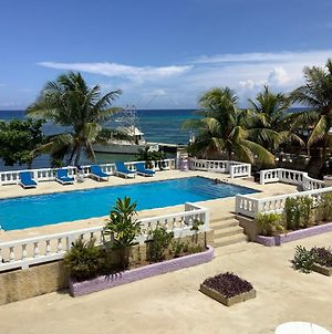 Cariblue Beach Hotel And Scuba Diving Resort photos Exterior