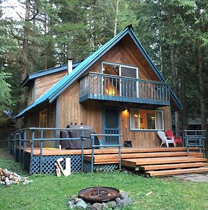 Snowline Cabin #48 - A Classic Family Cabin With An Outdoor Hot Tub! photos Exterior