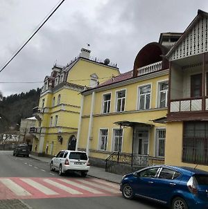 3 Room Apartment In Borjomi photos Exterior