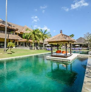Chalina Estate Luxurious 6 Bedroom Villa photos Exterior