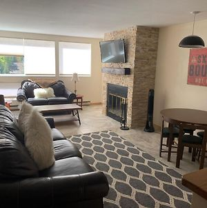 Cozy And Convenient 1 Bedroom East Vail Condo #7H. Hot Tub Market Shuttle. photos Exterior