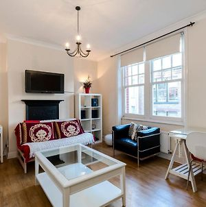 2 Bedroom Modern Apartment On Historic Marylebone Lane photos Exterior