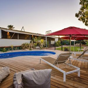 17 Ningaloo Street - Ultimate Exmouth Lifestyle - Pet-Friendly Holiday Home With A Pool photos Exterior