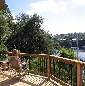 Stunning Views Lake Travis: Casita Golden Rod photos Exterior