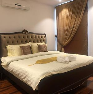 Royal Two Bed Room Luxury Apartment Gulberg photos Exterior