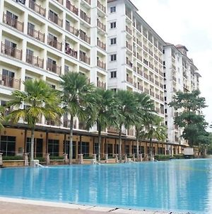 Laketown Resort Bukit Merah photos Exterior