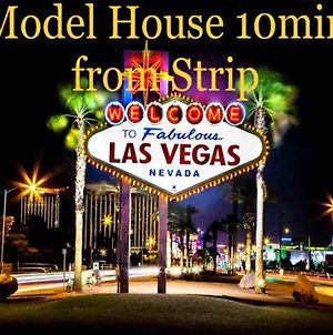 Location!!!Strip!Everything Is Close!Model House! photos Exterior