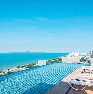 The Riviera Jomtien By Pattaya Holiday photos Exterior