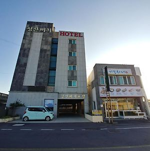Seongsan Beach Hotel photos Exterior