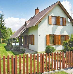Holiday Home Lipot Buzogany Utca-Lipot photos Exterior