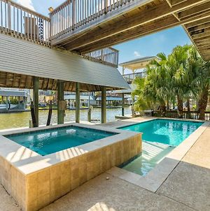 New Listing! Gorgeous Canal Home With Dock & Pool Home photos Exterior