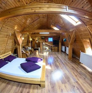 Wooden Attic Suite photos Exterior