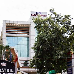 Madathil Regency Hotel photos Exterior