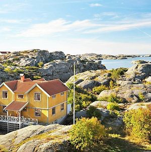 Five-Bedroom Holiday Home In Skarhamn photos Exterior