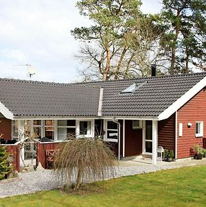 Four-Bedroom Holiday Home In Glesborg 16 photos Exterior