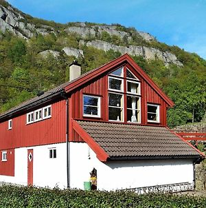 Two-Bedroom Holiday Home In Lyngdal 3 photos Exterior