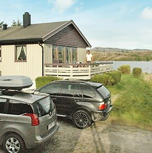 Five-Bedroom Holiday Home In Kvenvaer photos Exterior