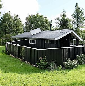 Three-Bedroom Holiday Home In Fjerritslev 28 photos Exterior