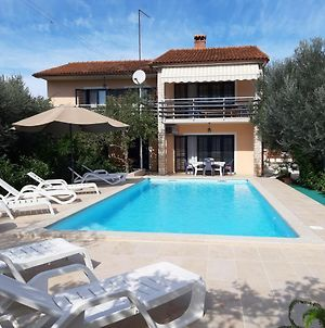 Large Apartment For 4-8 Person With New Pool And Spacious Garden Including Wifi photos Exterior