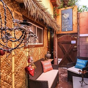 The Tiki Love Shack @ Venice Beach photos Exterior