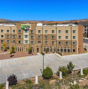 Holiday Inn Express & Suites Gallup East, An Ihg Hotel photos Exterior