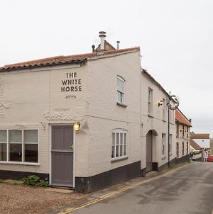 The White Horse Blakeney photos Exterior
