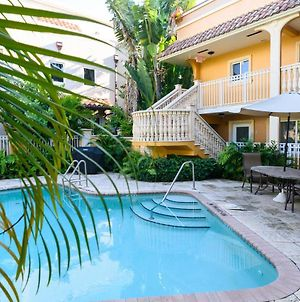 Relaxing Beach Apt In Las Olas Blvd photos Exterior