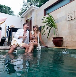 Ke Rensia Private Pool Villas Gili Air photos Exterior