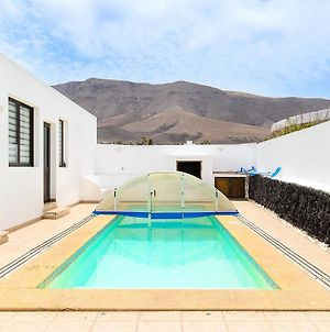 Famara Beach Apt photos Exterior
