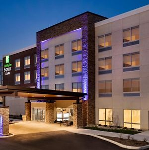 Holiday Inn Express & Suites - Cincinnati Ne - Red Bank Road photos Exterior