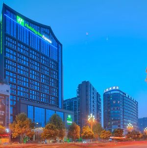 Holiday Inn Express Leshan City Square, An Ihg Hotel photos Exterior