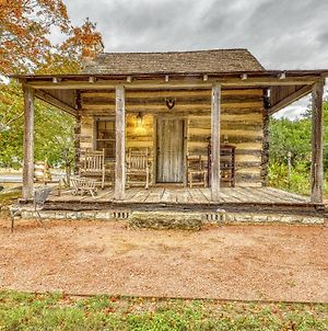 Town Creek Log Cabin photos Exterior