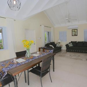 Heroes Villa - Sea Views At Richmond, Welcome Breakfast With 5 Nights Stay photos Exterior