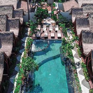 Gili One Resort photos Exterior