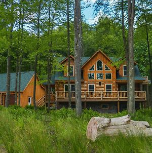 Big Log Lodge 4 Bedroom House photos Exterior