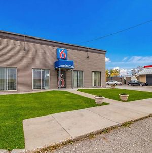 Motel 6 Fargo North photos Exterior