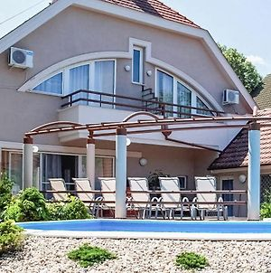 Nice Home In Siofok W Outdoor Swimming Pool And 6 Bedrooms photos Exterior