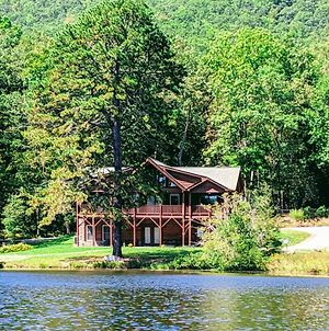 New Listing! Lakefront Log Home W/ Large Balcony Home photos Exterior