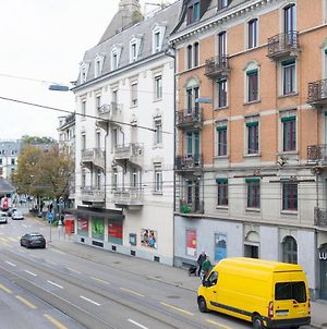 Hitrental Kreuzplatz Apartments photos Exterior