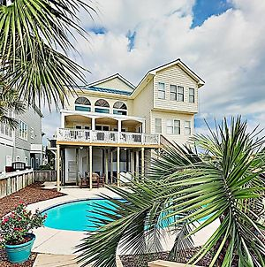 New Listing! Oceanfront Majesty With Pool & Elevator Home photos Exterior