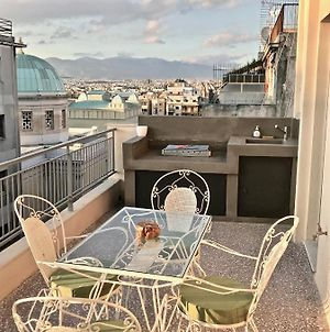 Amazing Room In Central Athens photos Exterior