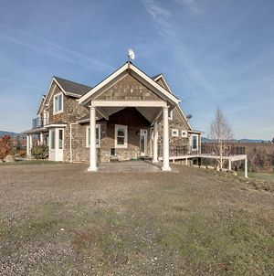 River Song Country Chateau photos Exterior