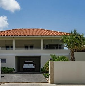 Cozy Apartment In Jan Thiel Curacao With Beach Nearby photos Exterior
