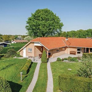Four Bedroom Holiday Home In Hejls photos Exterior