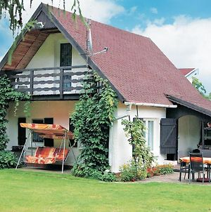 Holiday Home Klodawa Santoczno Ul. Wierzbowa photos Exterior