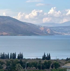 Me & U My Zimmer In The Kinneret photos Exterior