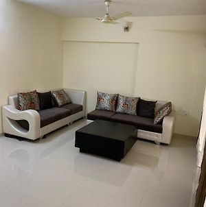 Sea View Room With Reasonable Price In Parel photos Exterior